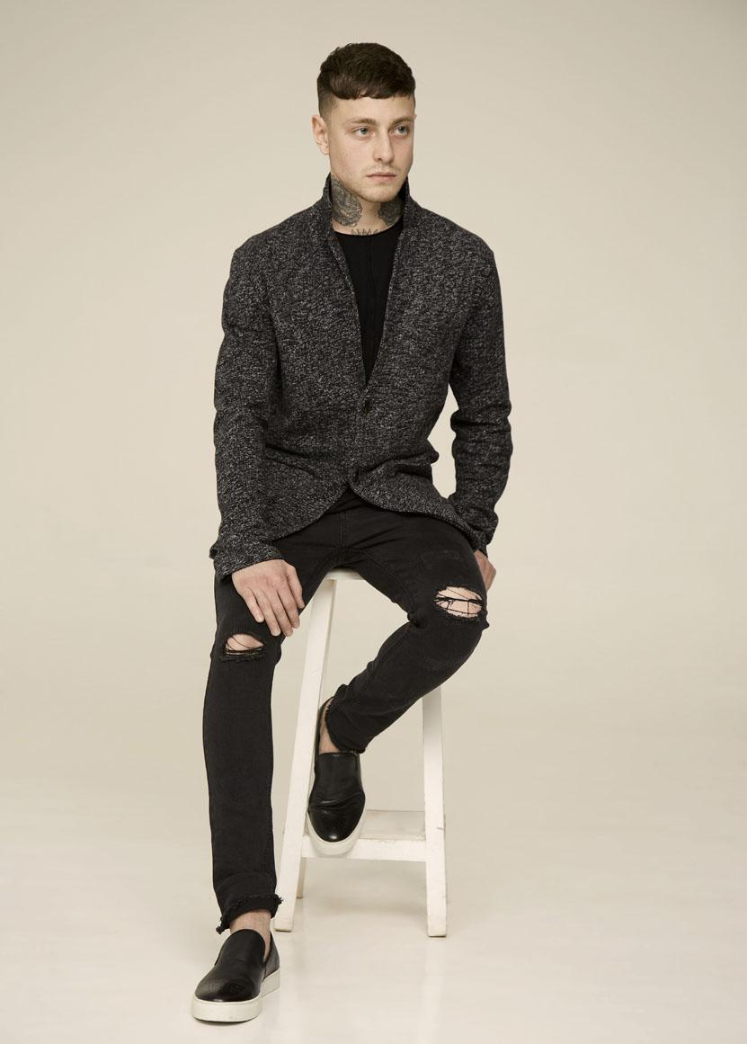 джинсы зауженные темно-серые черные